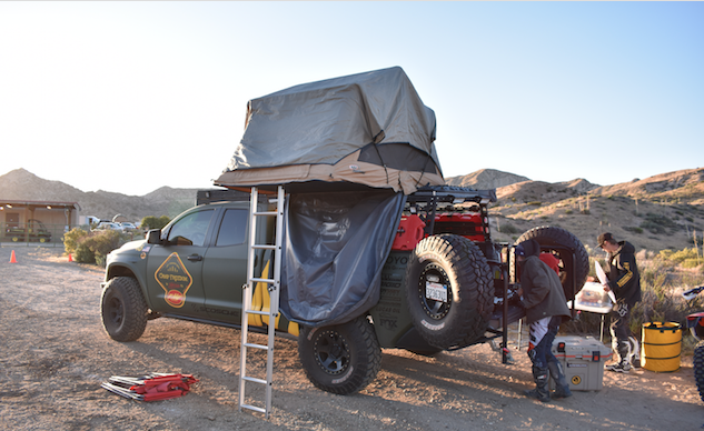 Huit grands sites de moto-camping et installations à Babes in the Dirt