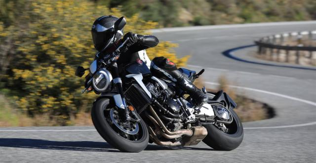 Honda CB1000R vs. Kawasaki Z1000 vs. Triumph Speed ​​Triple - Galerie